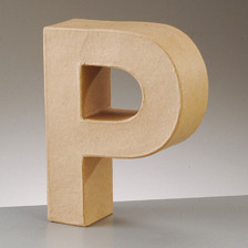 Buchstabe P aus Pappmaché , H 17,5 x B 13,3 x T 5,5 cm